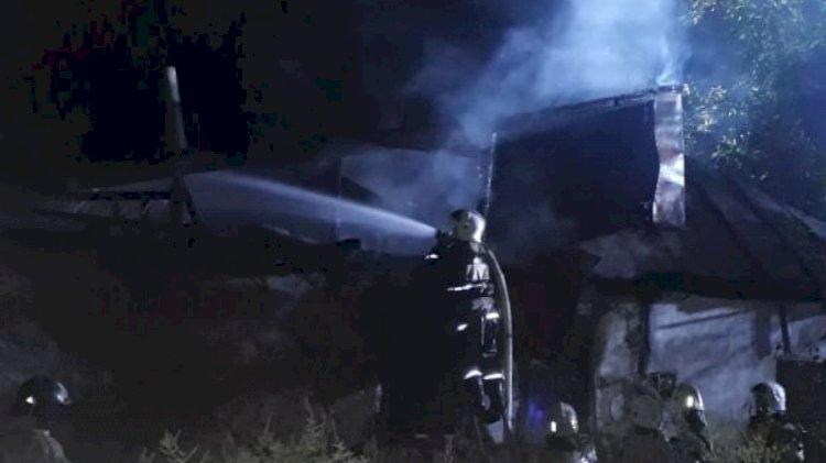 Два человека погибли при пожаре в Алматы