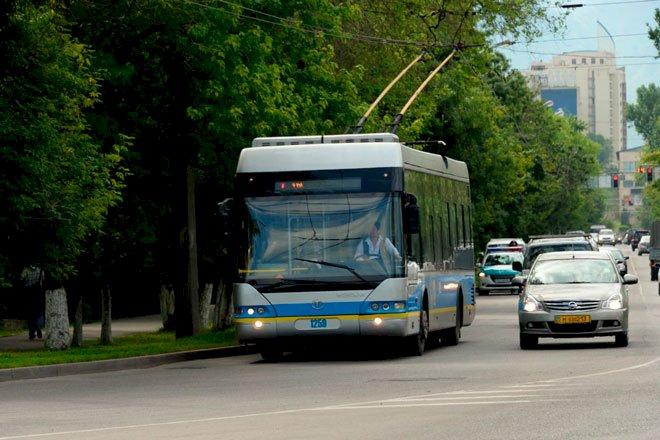 Отказ от троллейбусов прокомментировал аким Алматы