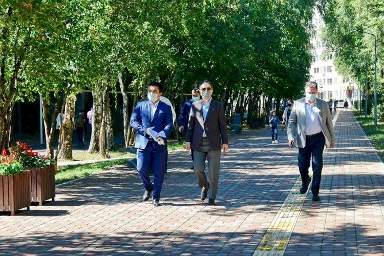 Аким Алматы ознакомился с ходом благоустройства Жетысуского района