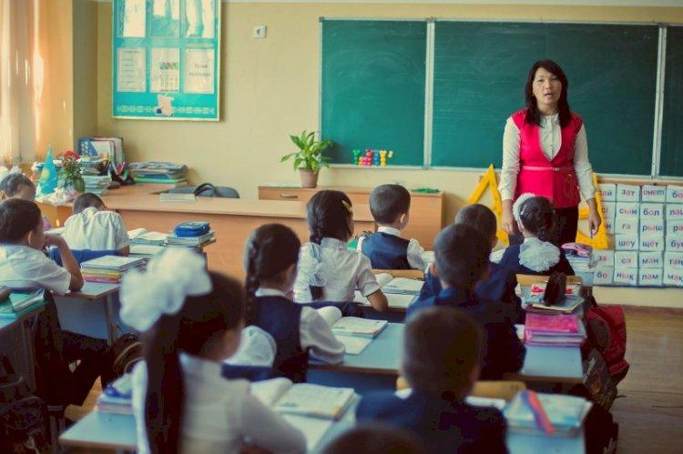 Учителя Алматы получат положенные доплаты до 10 ноября
