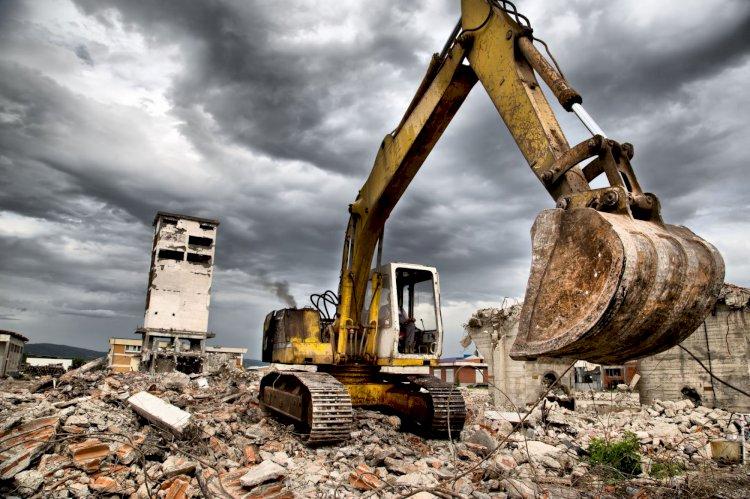 Нелегальное общежитие снесли в Алатауском районе