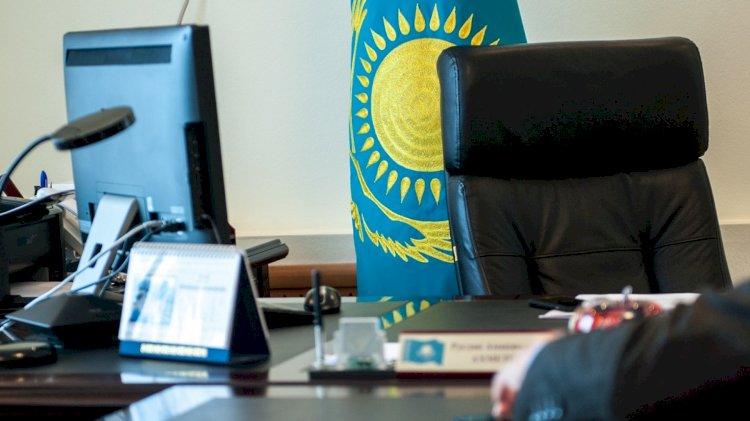 Работы в Казахстане лишатся госслужащие с двойным гражданством