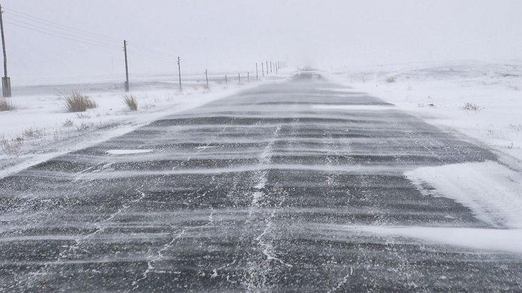 Трассу закрыли в Алматинской области из-за непогоды