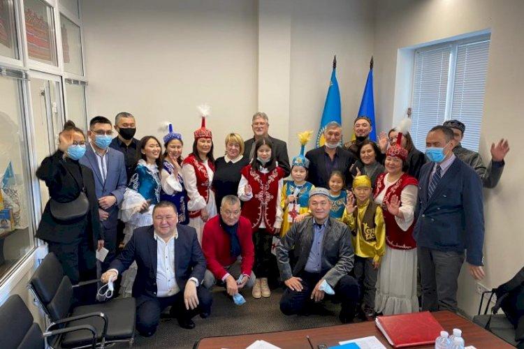 Культурно-деловой дом «Абай» открылся в Киеве