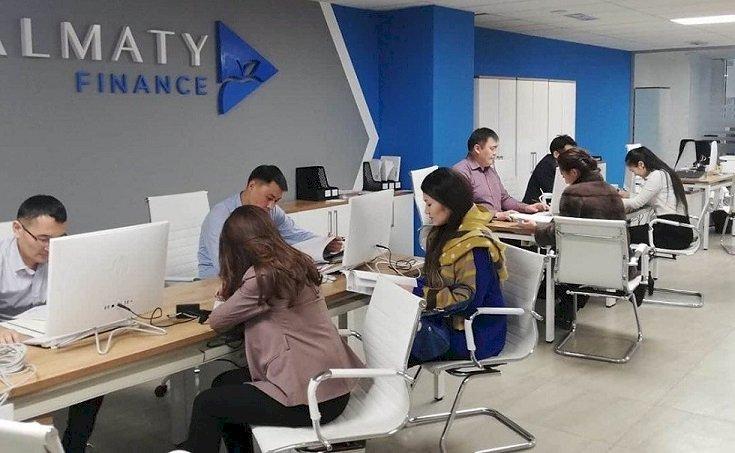 Более 77 тысяч рабочих мест создано в Алматы