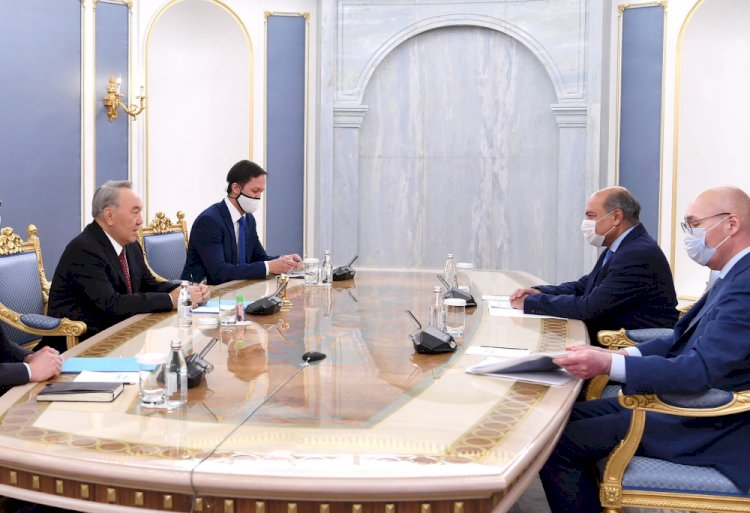 Елбасы встретился с зампредседателя Высшего совета по реформам Сумой Чакрабарти