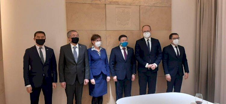 Перспективы сотрудничества между Казахстаном и Польшей обсудили в Варшаве