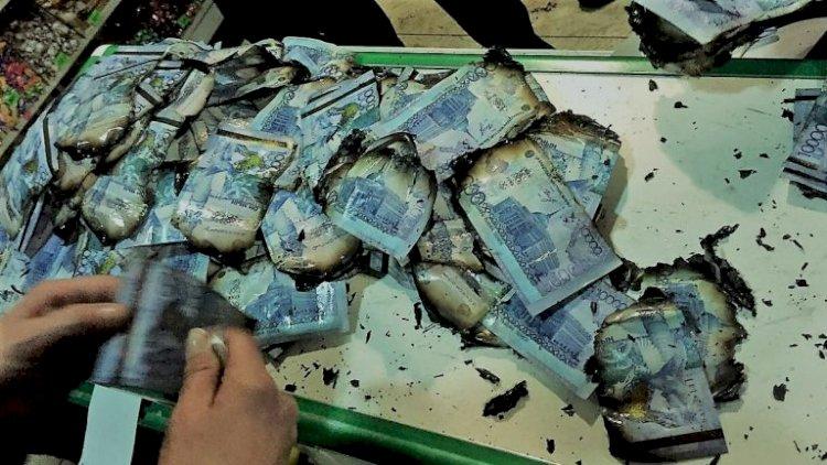 Что делать с сомнительными и поврежденными купюрами, рассказали банкиры страны
