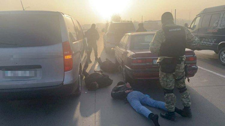 Дерзкое разбойное нападение совершено на склад косметики в Алматы