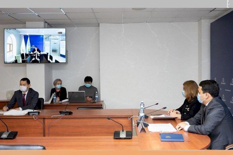 Пилотный проект по открытию фудкортов и боулингов предложили запустить в Алматы