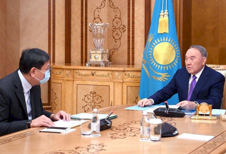 Елбасы встретился с председателем Национального банка