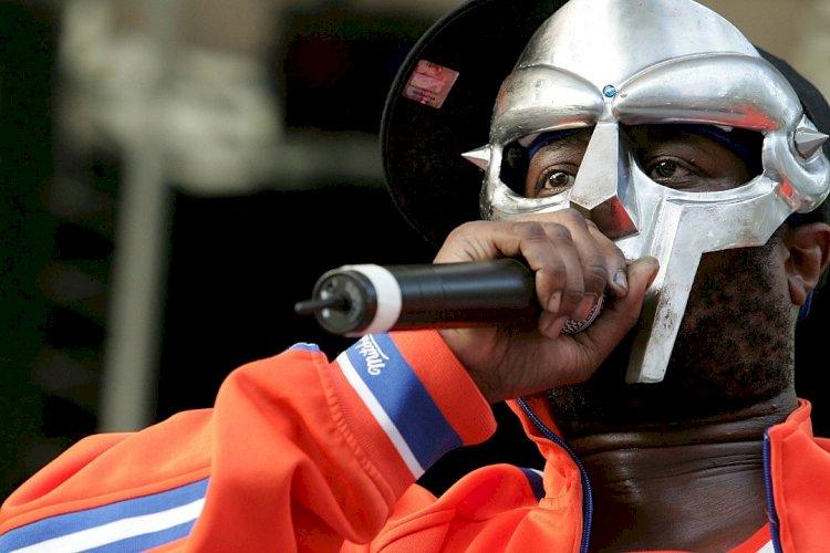 Скончался британский рэпер MF Doom