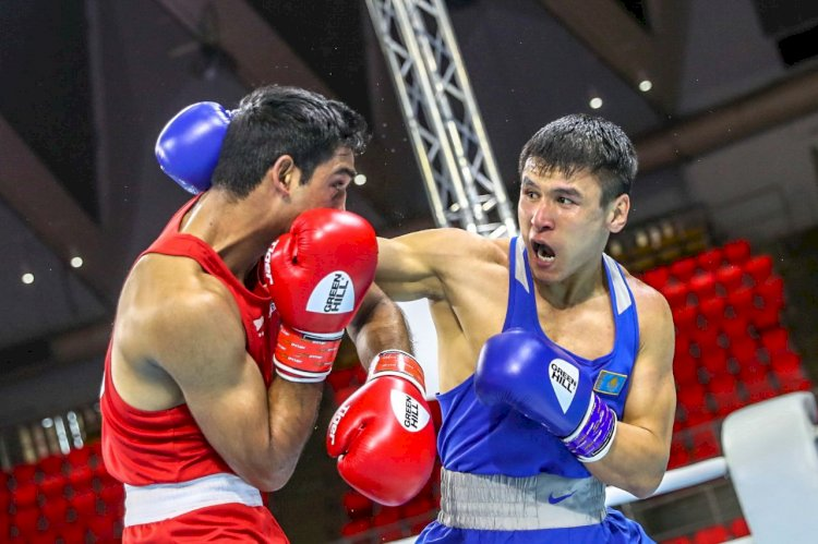 Турсынбай Кулахмет признан лучшим иностранным боксером 2020 года