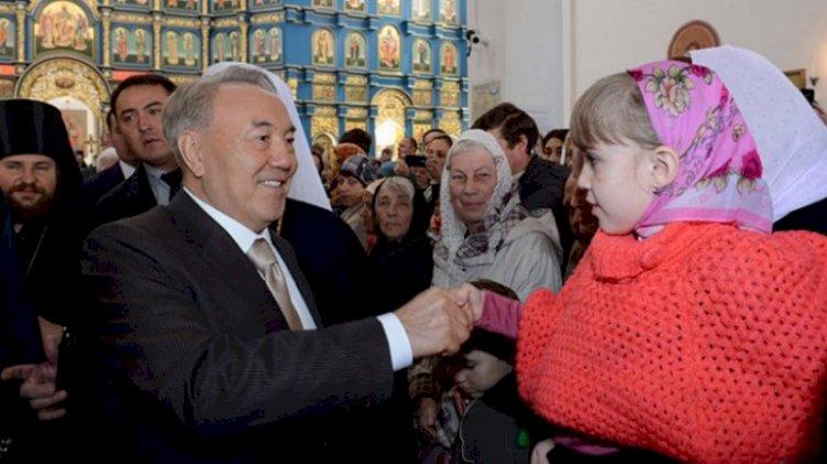 Елбасы поздравил казахстанцев с праздником Рождества