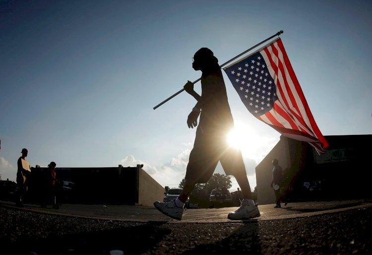 В Сан-Диего столкнулись сторонники и противники Трампа