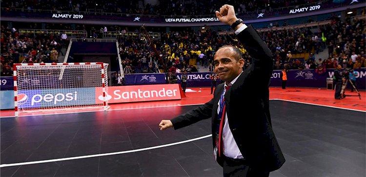 Наш тренер –  лучший в мире