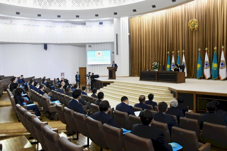 В Алматы прошла первая сессия городского маслихата VII созыва