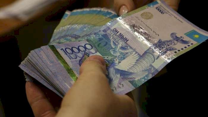 Многоходовую аферу провернул уличный мошенник в Алматинской области
