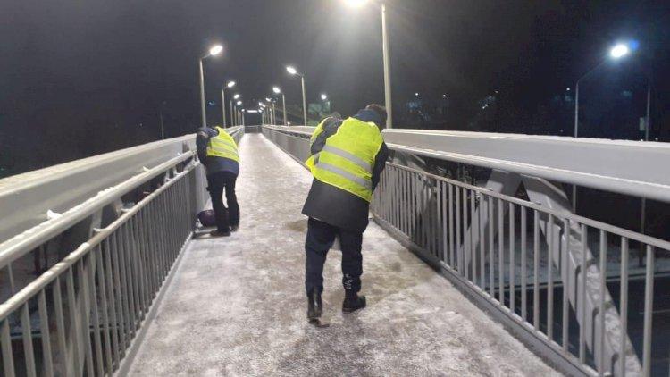 Как в Алматы убирают снег