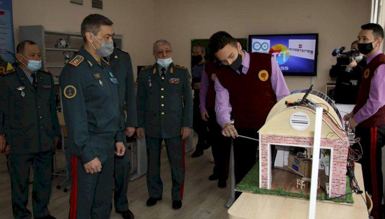 Министр обороны посетил полигон Илийский в Алматинской области