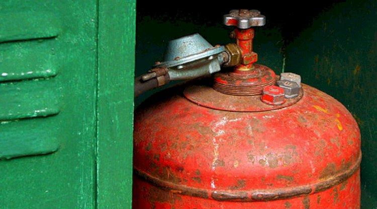 В частном секторе Алматы в результате выхлопа газа пострадал хозяин дома