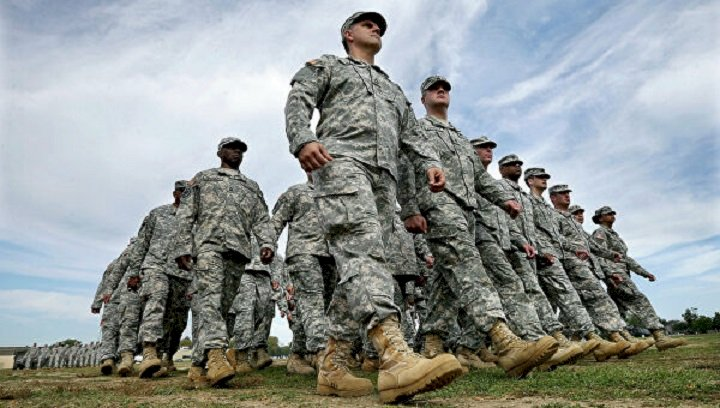 Байден вернул трансгендеров в армию США