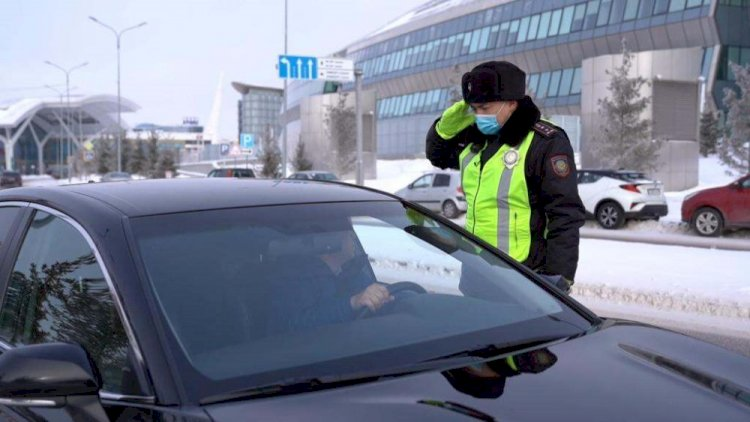 Казахстанцам разрешат ездить без прав и техпаспорта с 13 февраля