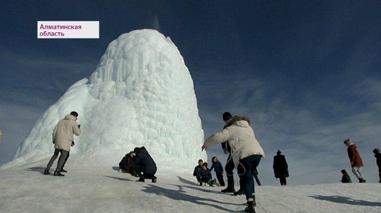 14-метровый айсберг появился в Алматинской области