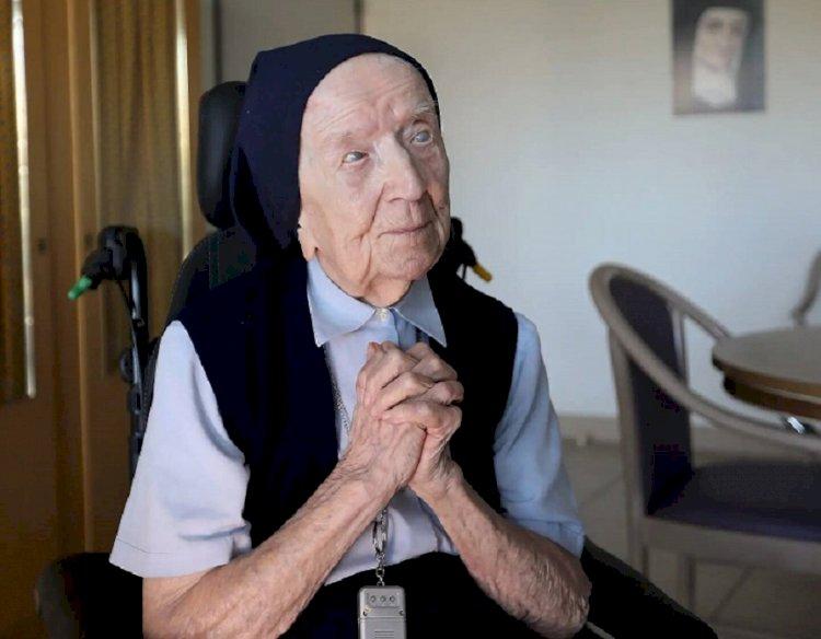 Французская долгожительница переболела коронавирусом накануне 117-летия
