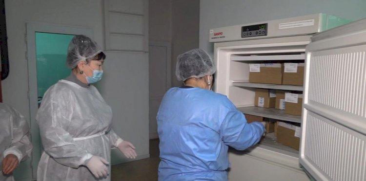 Почти 40 поликлиник участвуют во втором этапе ревакцинации в Алматы