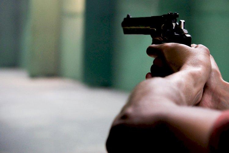 Очевидец рассказал о выстрелах в пивной у станции метро «Москва» в Алматы