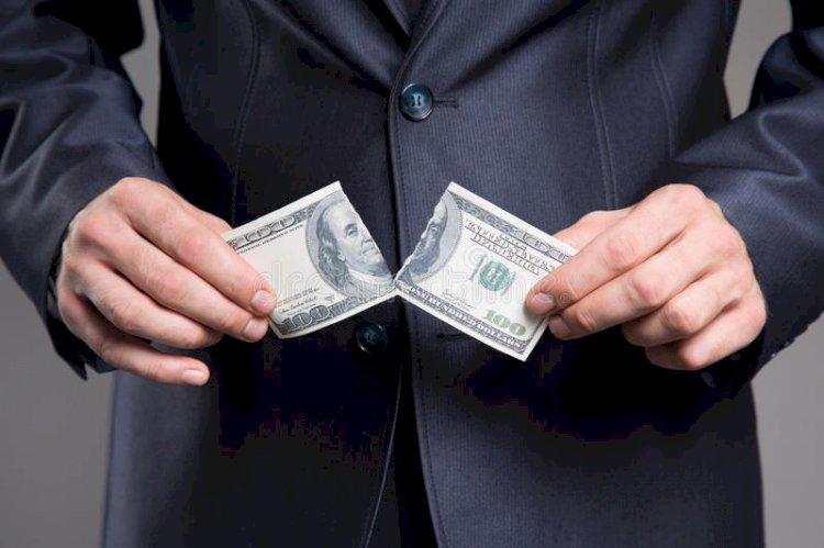 В МИД РФ призвали сократить роль доллара во всех операциях