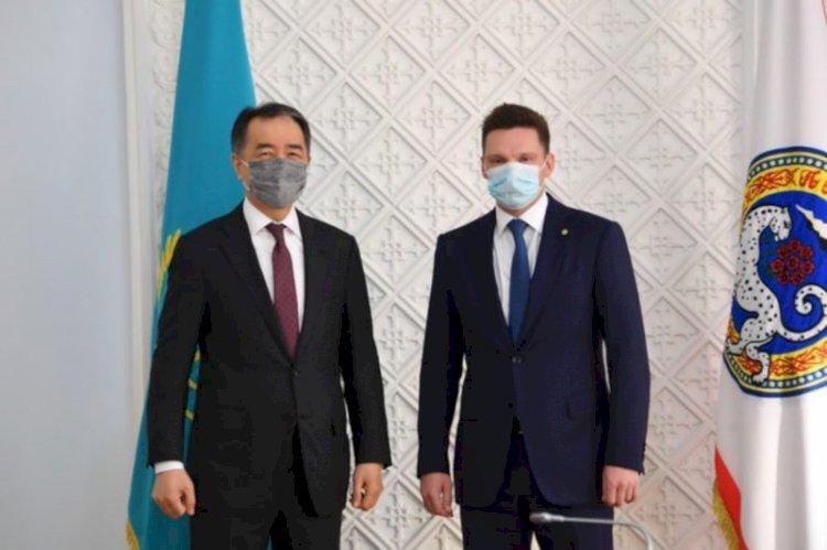 Аким Алматы и глава ЕАБР обсудили вопросы сотрудничества