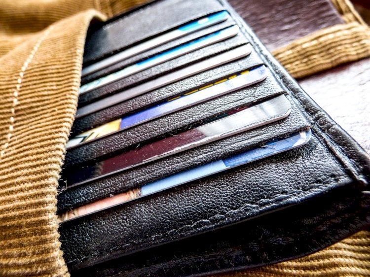 Рост безналичных операций по платежным карточкам отмечен в Казахстане