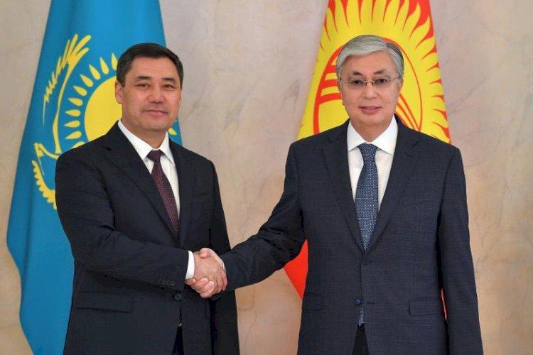 Касым-Жомарт Токаев и Садыр Жапаров провели переговоры в расширенном составе