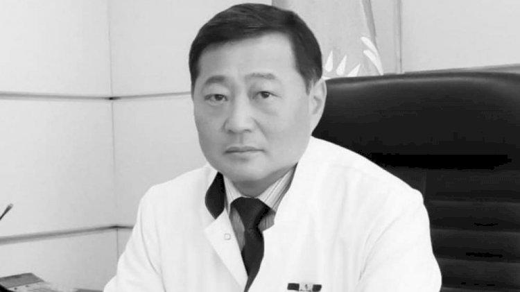 В Алматы почтили память известного хирурга Ивана Ли