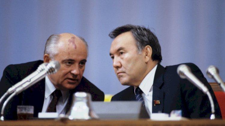 Елбасы поздравил Михаила Горбачева с 90-летием