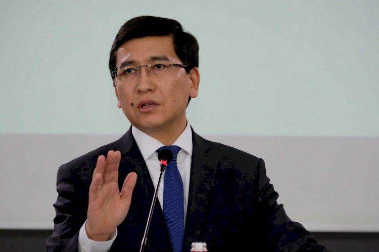 Министр образования высказался о бессменных директорах школ