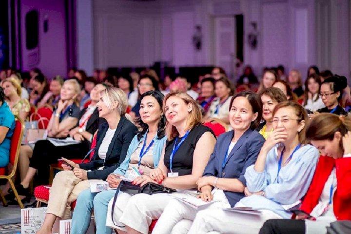 17 центров по развитию женского предпринимательства создадут в Казахстане