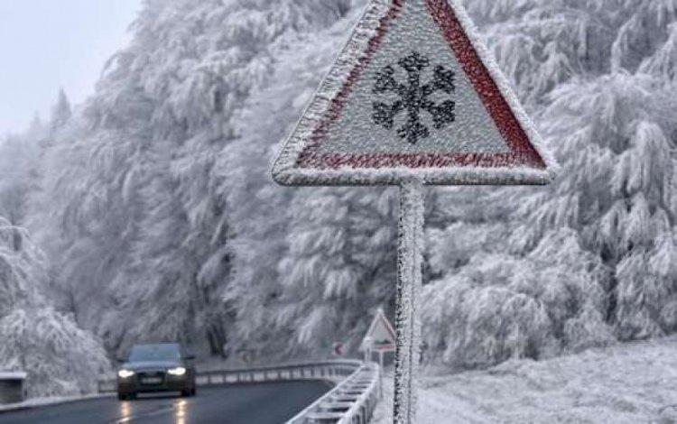 Из-за непогоды закрыты автодороги в семи  регионах Казахстана