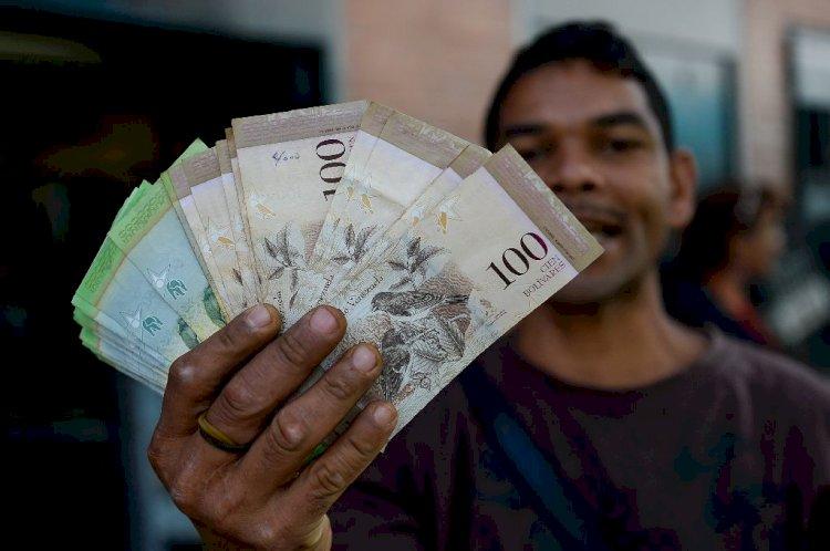 Для борьбы с инфляцией в Венесуэле напечатали деньги