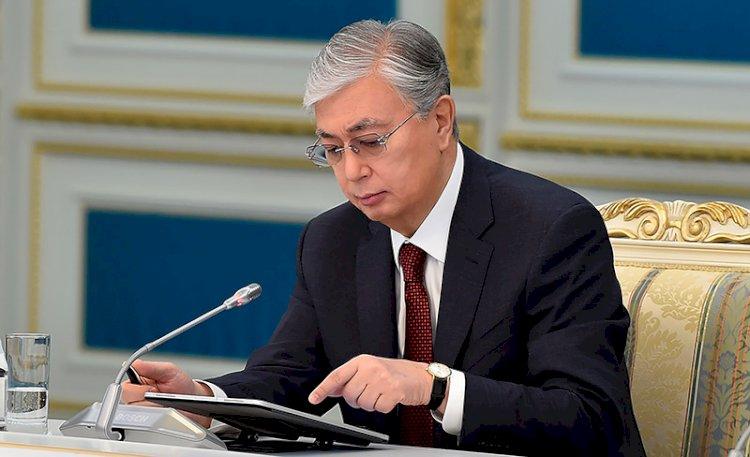 Вышел в свет сборник о деятельности Президента Казахстана за год