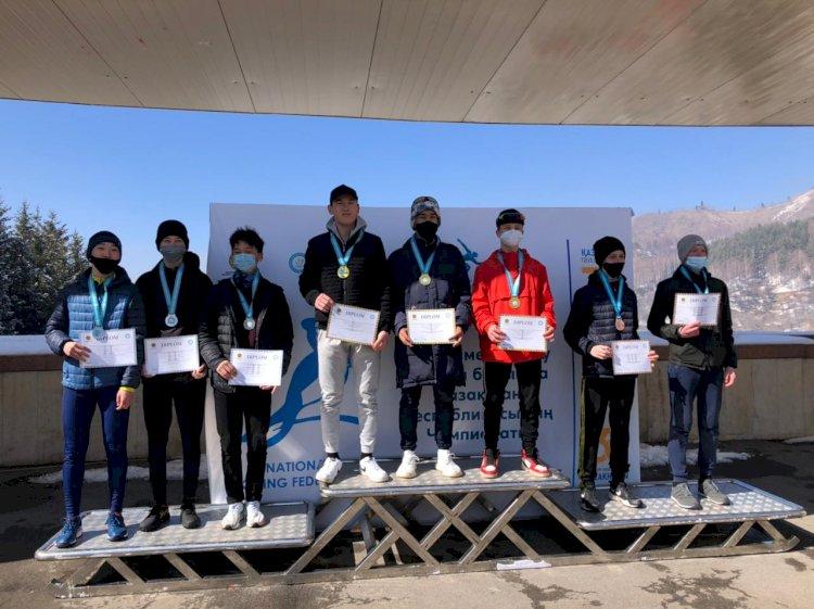 Юниоры из Алматы одержали победу на республиканском чемпионате по конькобежному спорту