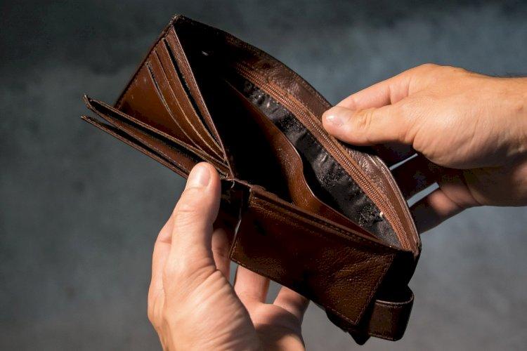 Долговая нагрузка казахстанцев будет регулироваться – финрегулятор