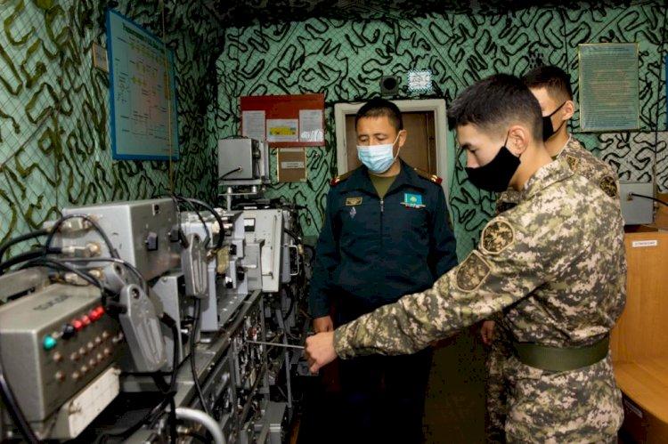 Будущие офицеры проходят стажировку в войсках ПВО