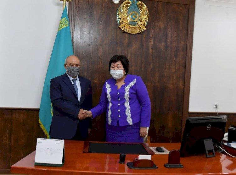 Впервые женщина стала акимом города в Туркестанской области