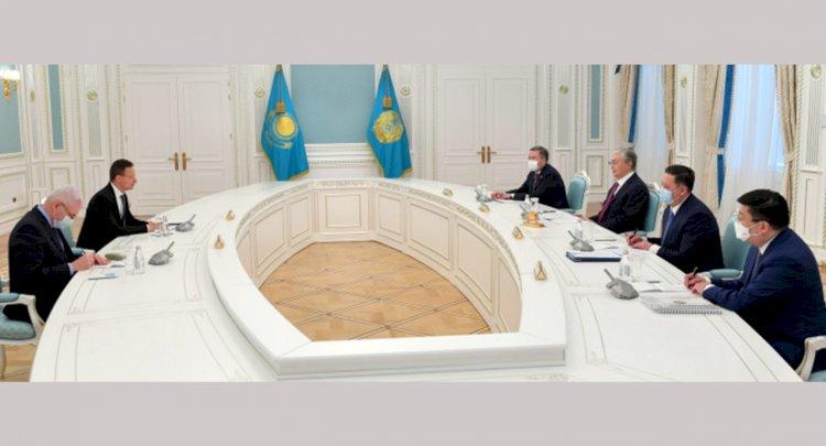 Глава государства принял министра иностранных дел Венгрии