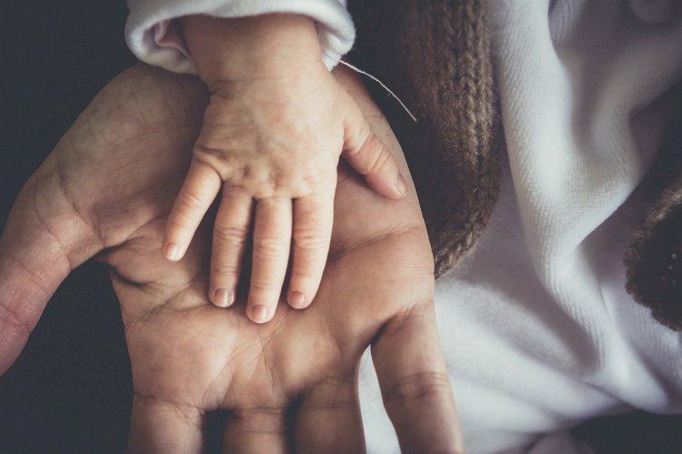 Как зарегистрировать новорожденного ребенка в Казахстане