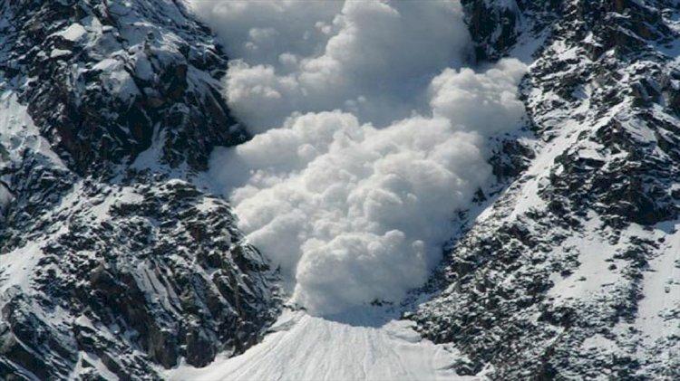Увеличились риски схода лавин в горах Алматы