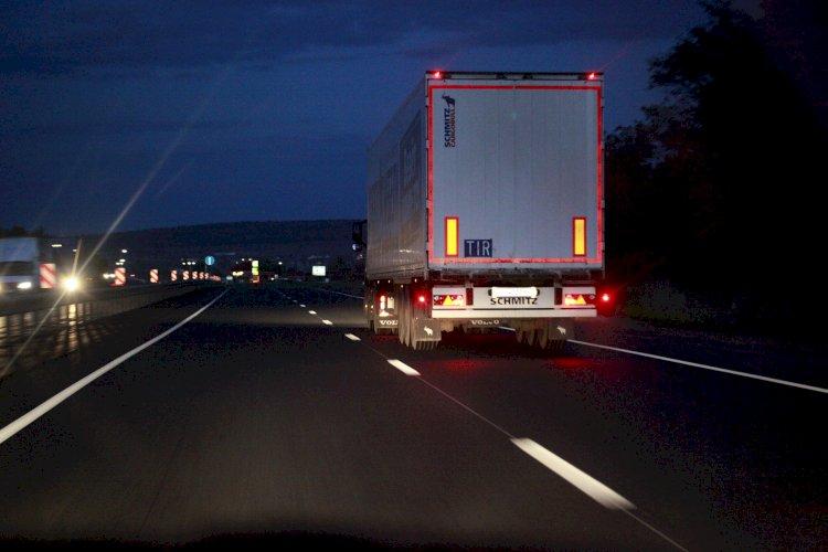 Около 230 грузовиков скопилось на пограничных переходах Казахстана